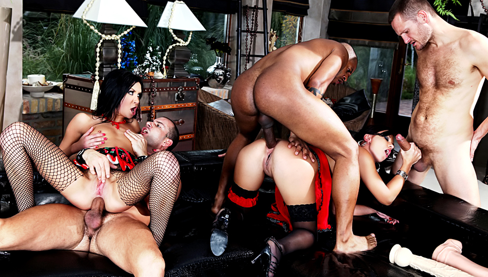 two tasty babes and three  dudes have a wild christmas orgy