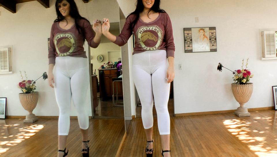 Kelly Divine & Allie Haze & Aiden Aspen - Buttman Camel Toe