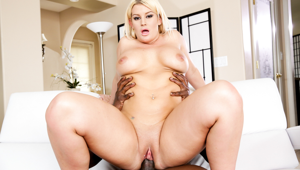 Sexy thick beauty rides on Lex's big huge cock.