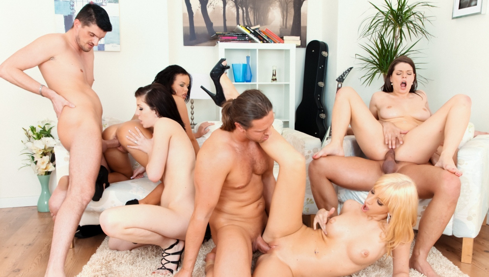 I Love Orgies - Mona Lee & Linet Slag & Barbra Sweet