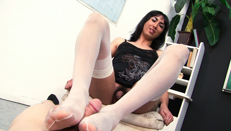Horny shemale student hate lessons but love hard exams!