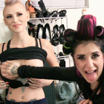 Girls having sex at burningangel