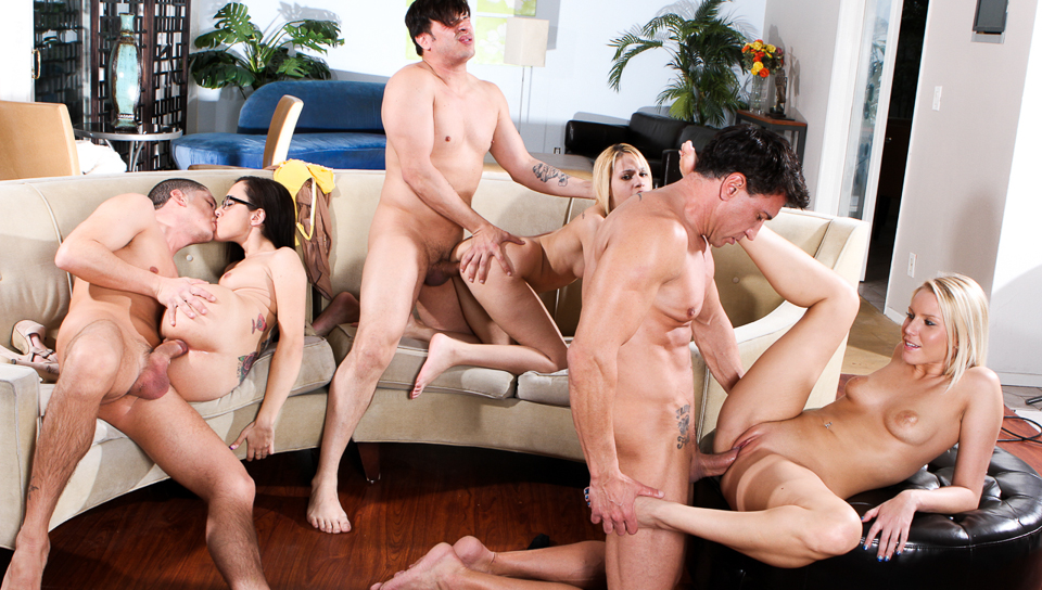 NSFW Neighborhood Swingers 09