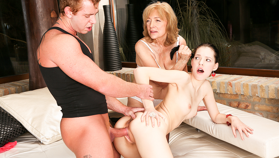 Anie Darling fucked by Chad Rockwell while Zsu help suck.