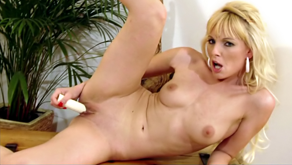 Silvia Saint, Lena Cova individual models video from Silvia Saint