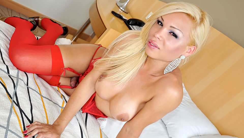Sexy Blonde Shemale Loves To Jerk Off Infront Of The Camera