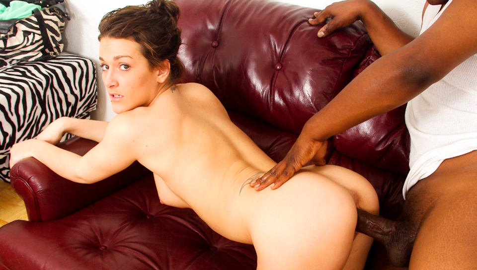A Black Kong Dong pounds & cums on the horny Jessi Capri