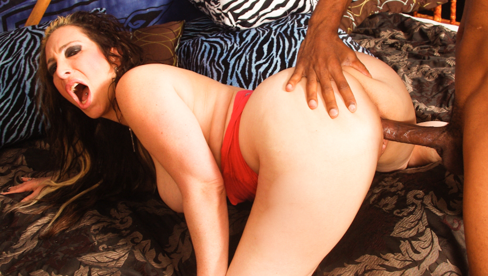 Horny MILF nailed by his black neighbor's giant meat pole