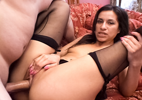 Unstoppable MILF fucks two cocks and gets creampied by them