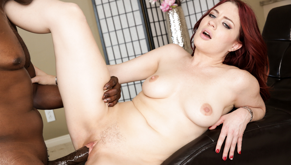 Jessica fits Lex thick hard pole in her tight wet cunt.