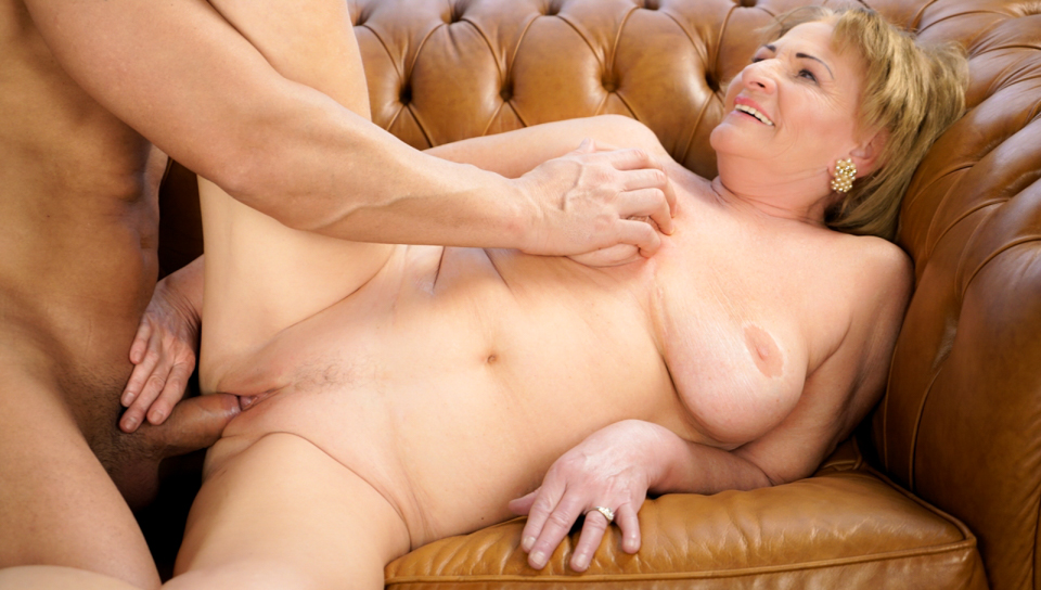 Naughty granny Sally gets her juicy pussy fucked.
