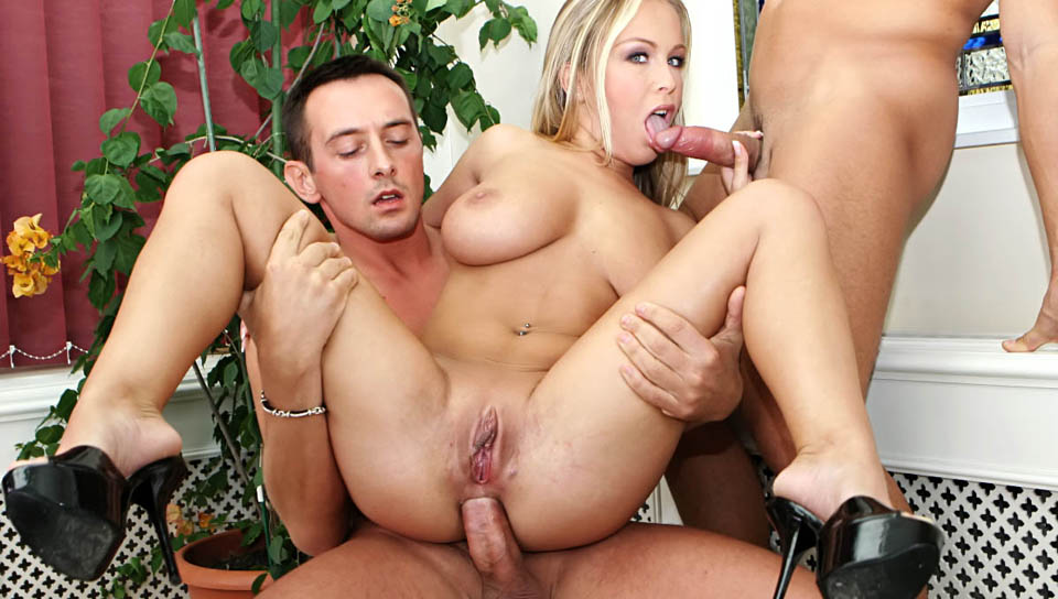 Teen Anal Piss Threesome