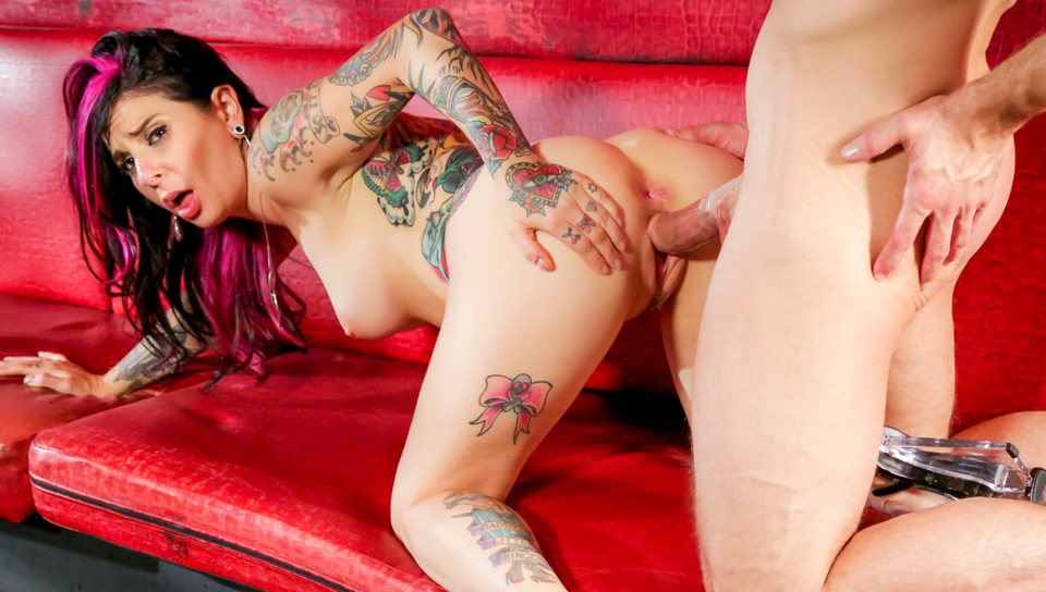 Joanna Angel & Bill Bailey - Bar Stripper