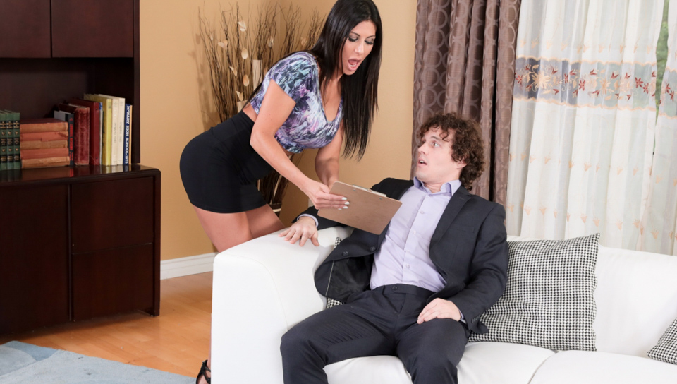 Makayla Cox & Robby Echo - Seduced By The Boss's Wife #08