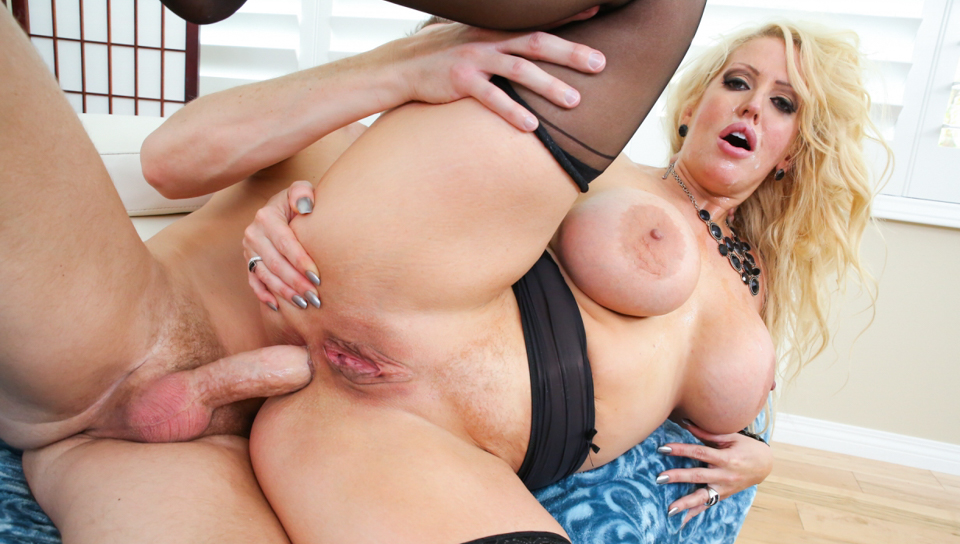 Mark Wood & Alura Jenson - BBW MILF's Anal Filth