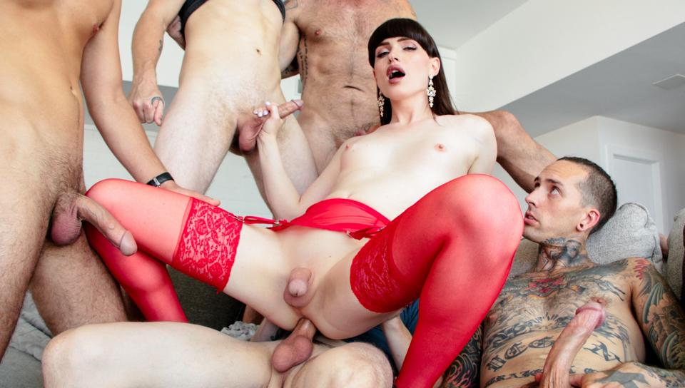 Stunning Natalie Mars hardcore gangbanged with 5 hot guys