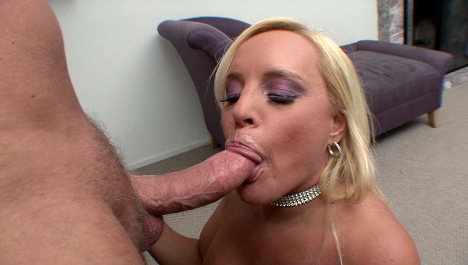 Busty MILF Alexis masturbates & deepthroats a big meat shaft