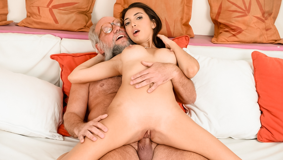 21sextreme grandpa gets big tits young babe 9