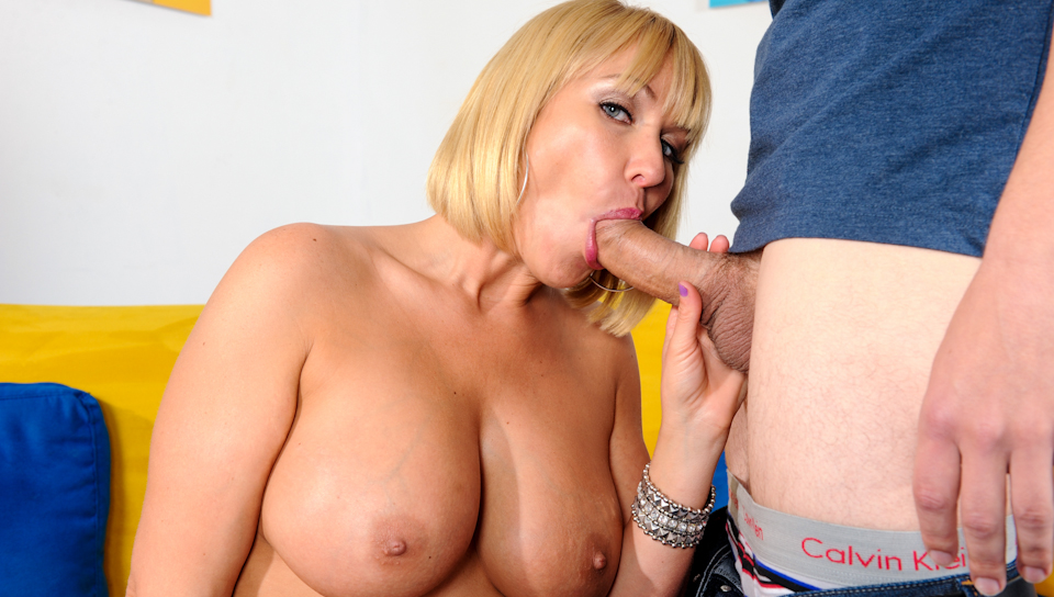 Jerry & Mellanie Monroe - Big Titty MILFS #20