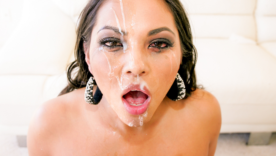 Beauty gets pumped and face creamed  in a heated fun