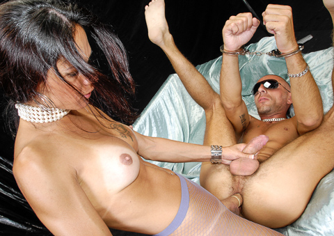A man gets totally analyzed by Latina shemale Isabella!