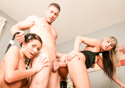 Mom And Dad Are Fucking My Friends - Victoria Rose & Christina Lee & Dillon Day