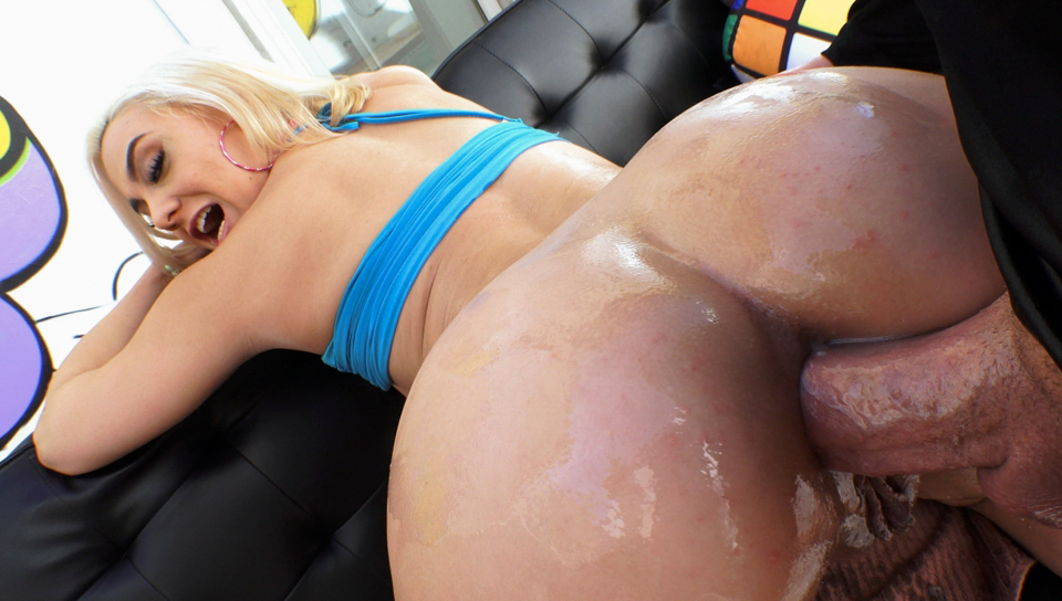 Maria Jade - Big-Assed Maria Reamed To Anal Gaping