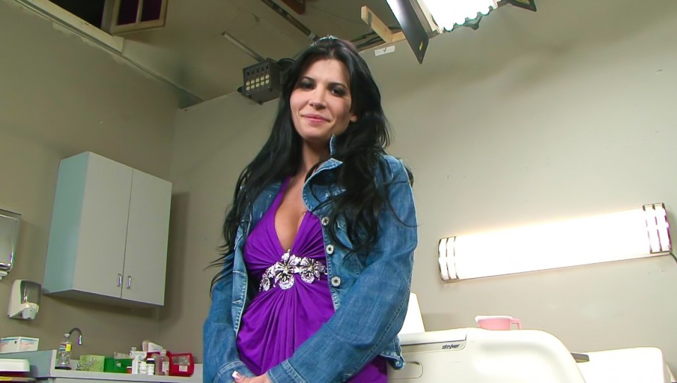 BTS-Big Breast Nurses #06 - Rebeca Linares