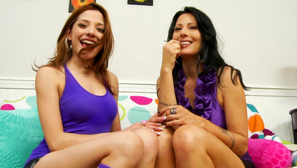 Zoey Holloway & Evilyn Fierce - BTS-Couples Seeking Teens #07
