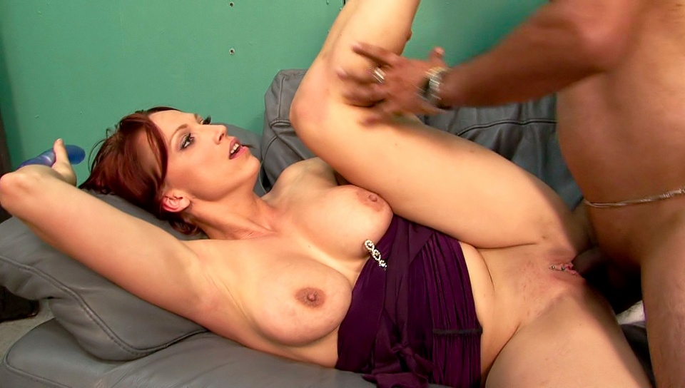 Nikki Hunter milf porn video from Mother Fucker XXX