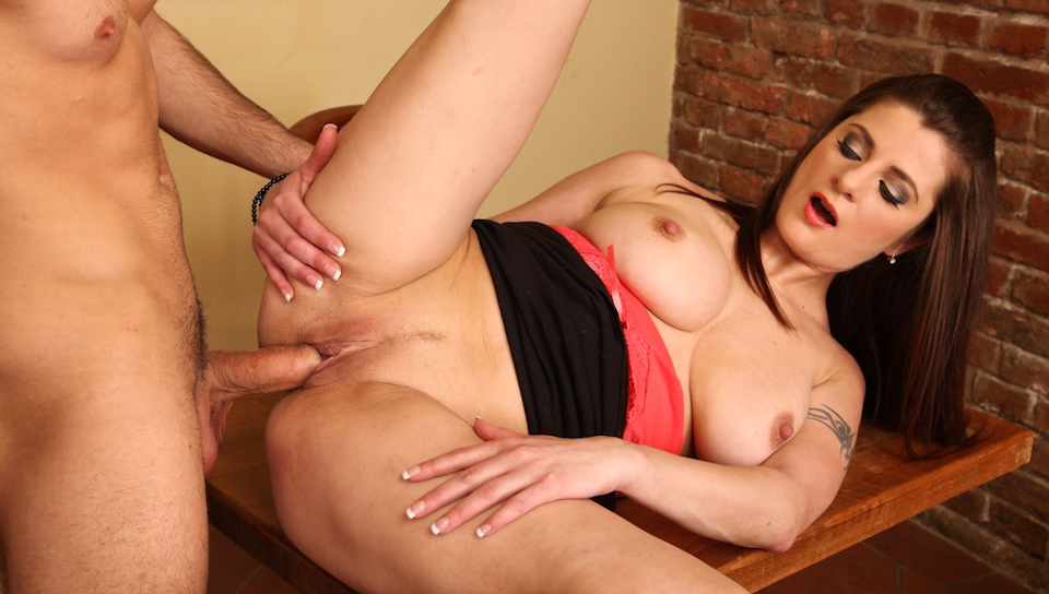 His fantabulous MILF 03