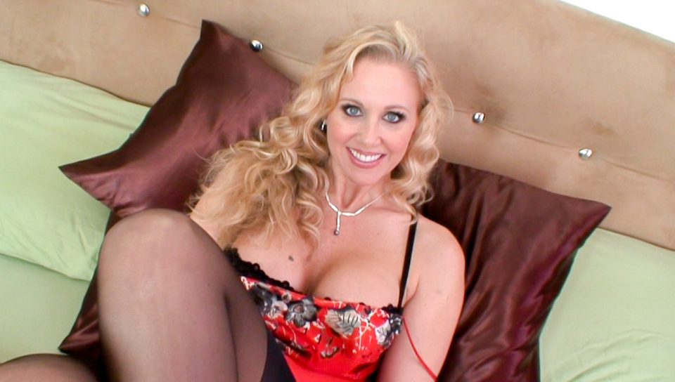 BTS-Mom's Cuckold #08 - Julia Ann