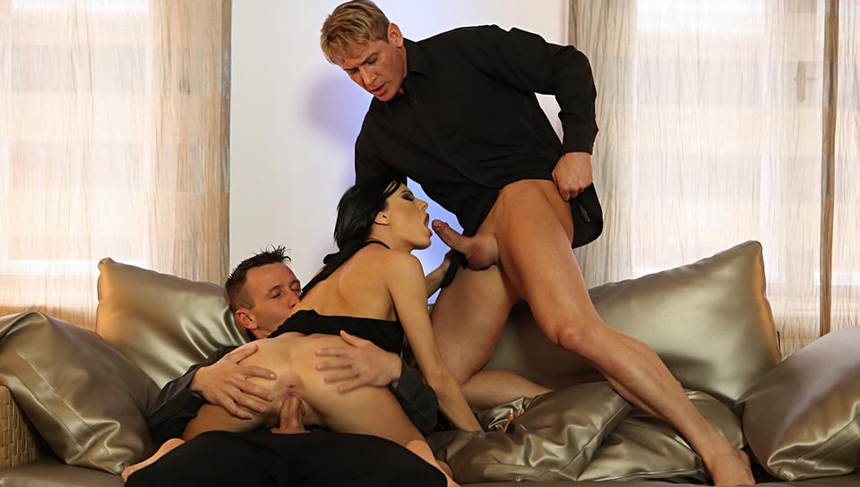 zhena-seks-avminetsa-zhenami-shlyuhi