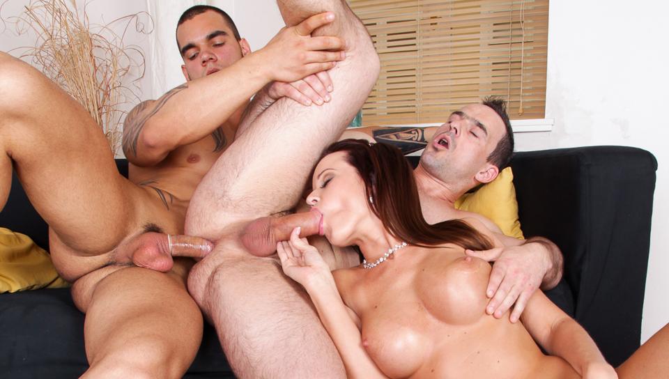 greek bi sexual swingers