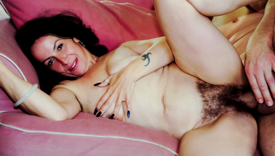 your moms hairy pussy 14